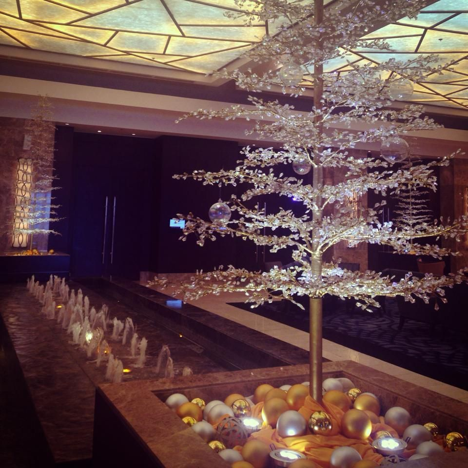 Christmas Decorations Ideas For Hotels: #Christmas Decorations Over At The Crimson Hotel In