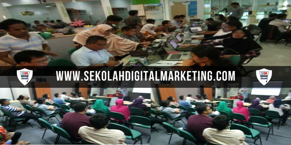 Tempat Training Kursus Belajar Facebook Ads Terpercaya Di Jakarta Barat Info 081222555757 Sb1m Tempat Belajar Internet Mark Facebook Ad Ads Internet Marketing