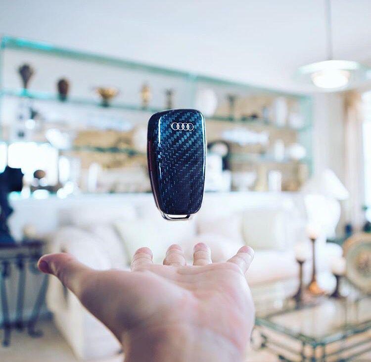Carbon Fiber Made Car Flip Key Remote Case Fob For Audi Worldwide - Audi worldwide