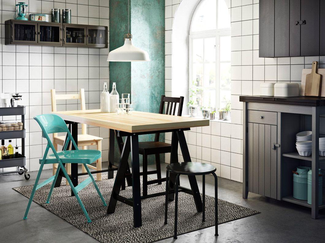 Schreibtischstuhl ikea türkis  TORNLIDEN/ODDVALD Tisch aus Kiefer/Schwarz mit FRODE Klappstuhl in ...