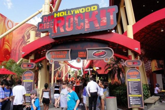 Check The Wait Times For Your Fav Rides At Universal Studios On