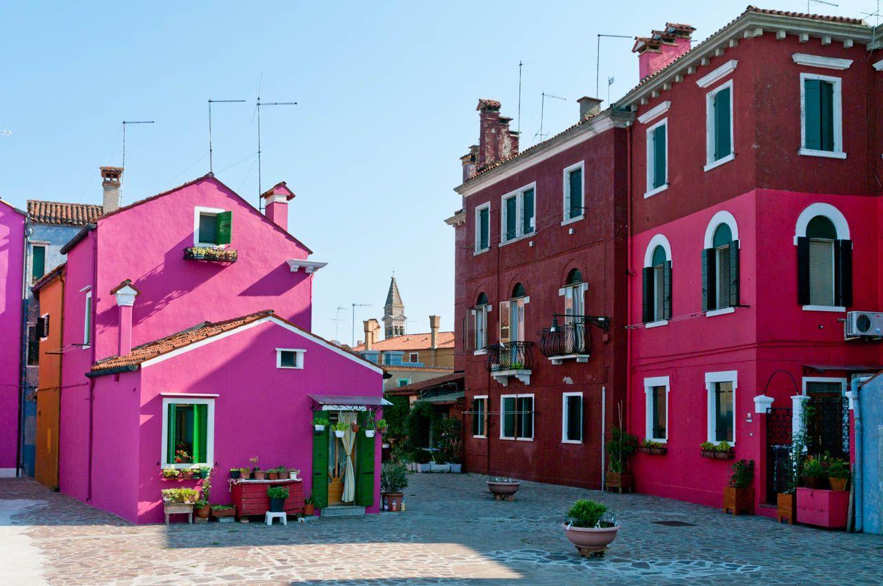 Italian #renneritalia #DIY #creative #architecture #design #interiordesign #homedecor#colours #colors #paint #lifestyle #ral4006 #ralk7 #art #woodcoatings #fashion #italian