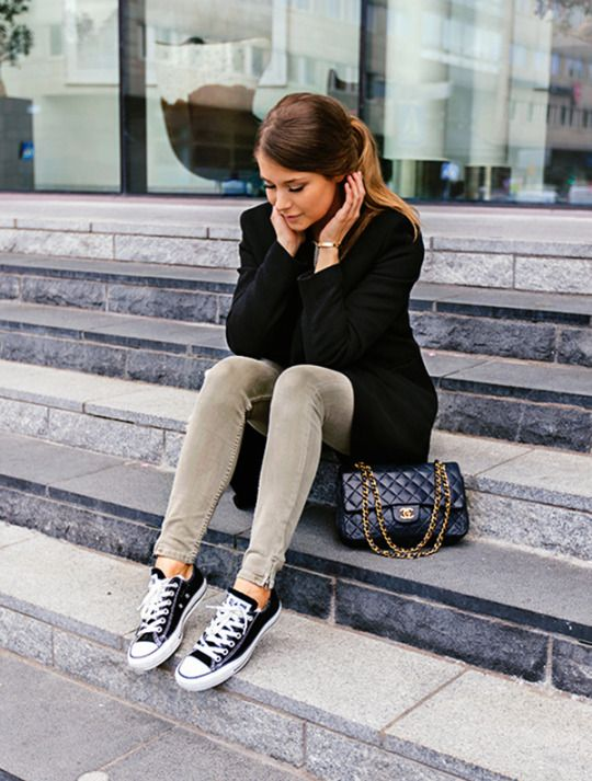 e98390ede593b4 These black converse look cute and casual paired with skinny jeans and a  blazer. Via Marianna Mäkelä. Coat  Tiger of Sweden