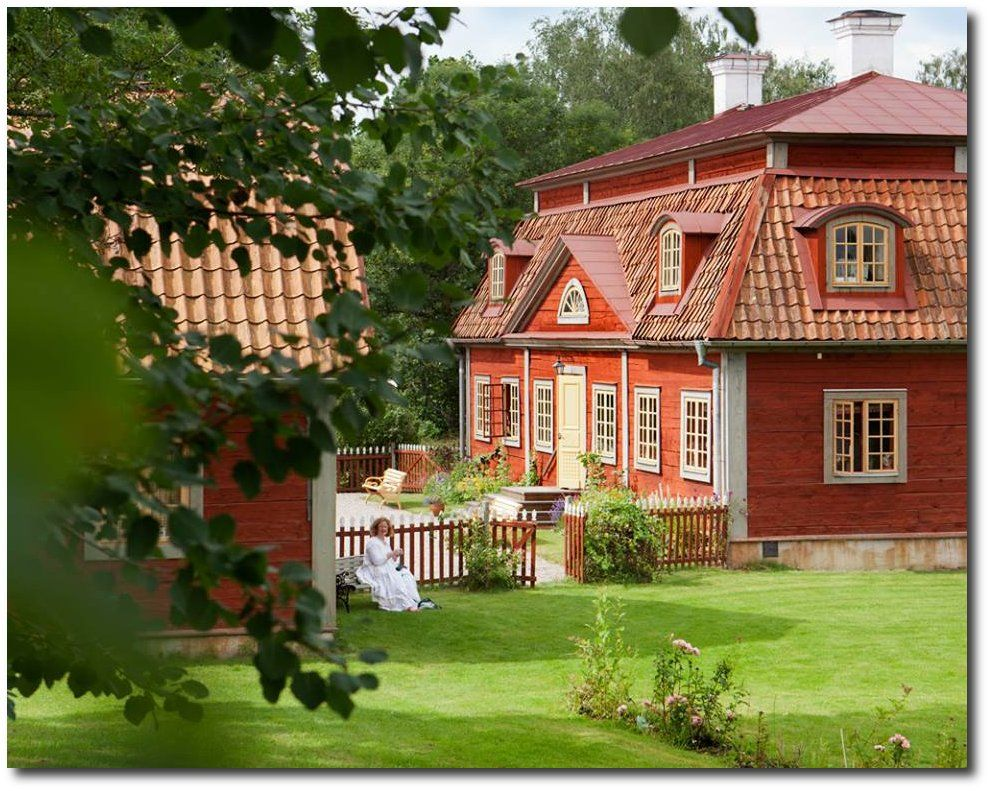Gard Torp Property In Sweden Homes In Sweden Renting In Sweden Swedish Real Estate Searching For A Home Countryside House Buying Property Swedish House