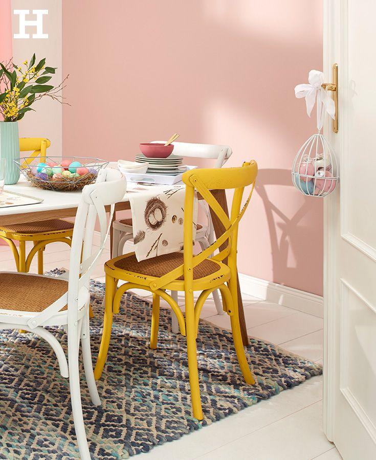 Farbenfrohe esszimmerst hle sind ein echter hingucker beim osterbrunch ostern stuhl deko - Stuhl dekorieren ...