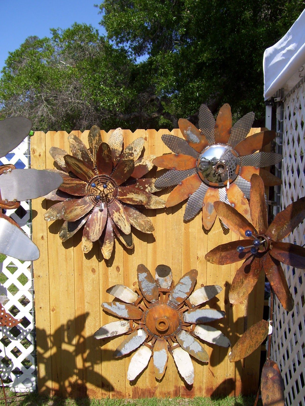 Garden Sunflower Wall Decor : Metal garden art on yard