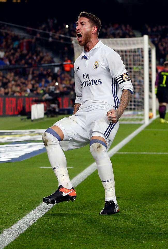 Pin De Uriel Hernandez En Real Madrid C F Sergio Ramos Atletico Madrid Leyendas De Futbol
