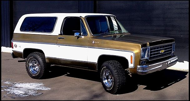 One Owner Through 2011 For This 1975 Chevrolet K5 Blazer Mecumkc K5 Blazer Chevrolet Blazer Chevy Blazer K5