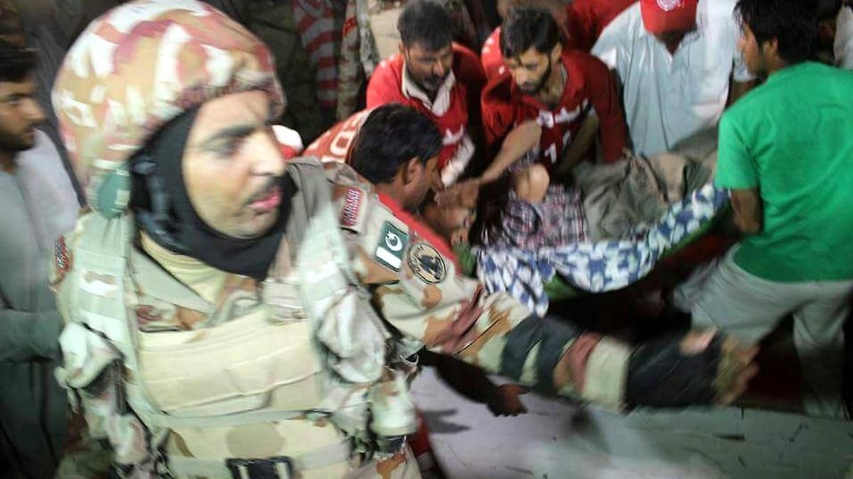 Bombenanschlag in Pakistan: Taliban attackieren religiöse Stätte