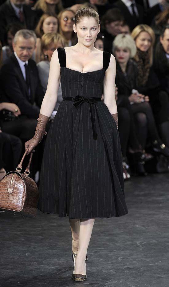 Louis Vuitton Love This Black Dress The Look I Love Louis