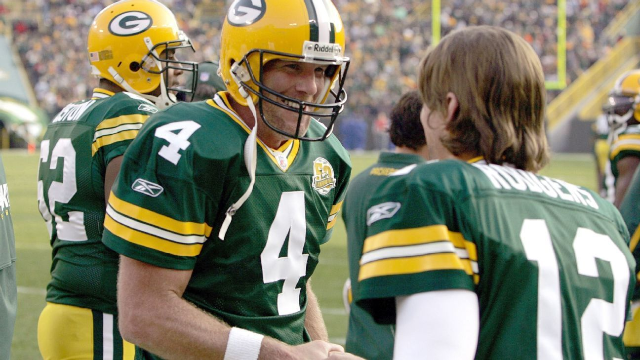 Inside Slant In Favre To Rodgers Packers Accomplished Rare Succession Packers Quarterback Nfl History