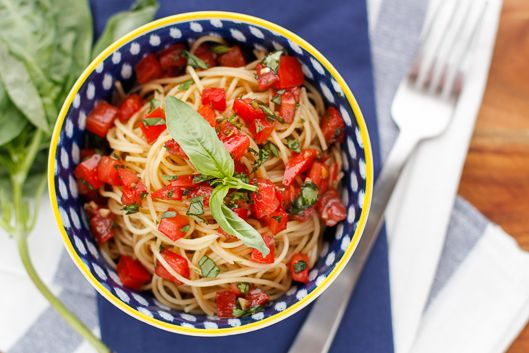 Olive garden capellini pomodoro main dishes pinterest capellini olive gardens and copy cats for Olive garden capellini pomodoro