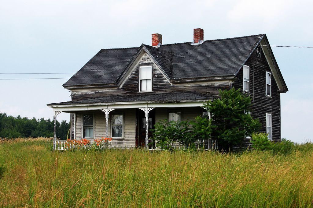 Abandoned House, Bangor, Maine 07122011 Abandoned houses