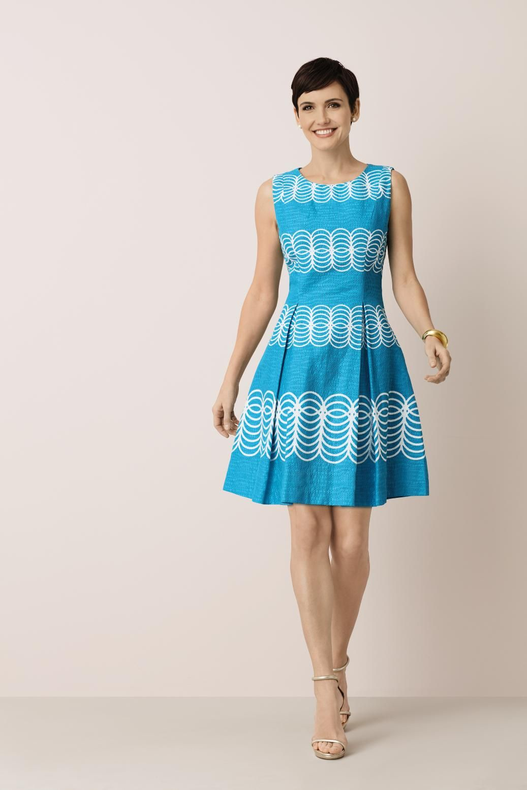 Just Taylor Circle Print Pleated Fit Flare Dress A Summertime Classic This Sleeveless Fit And Flare Dress From Just Taylor Has Shapely Style With A P Elbise [ 1555 x 1037 Pixel ]