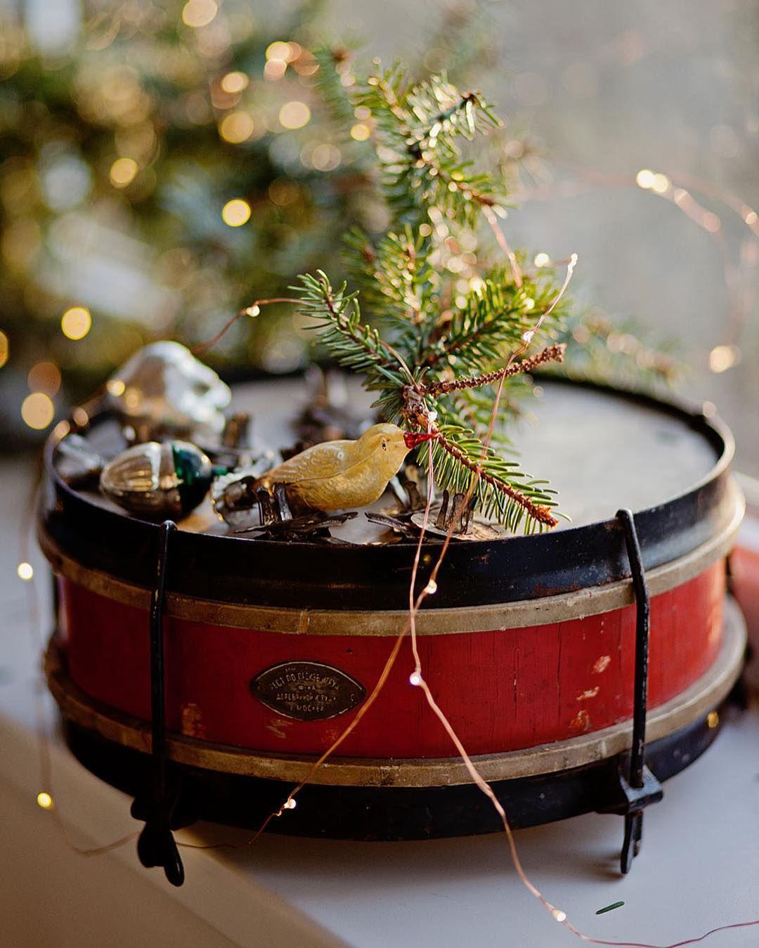 #allthebeautifulthings #newyear #christmastime #drum #oldchristmastreetoys #sovietchristmastoys