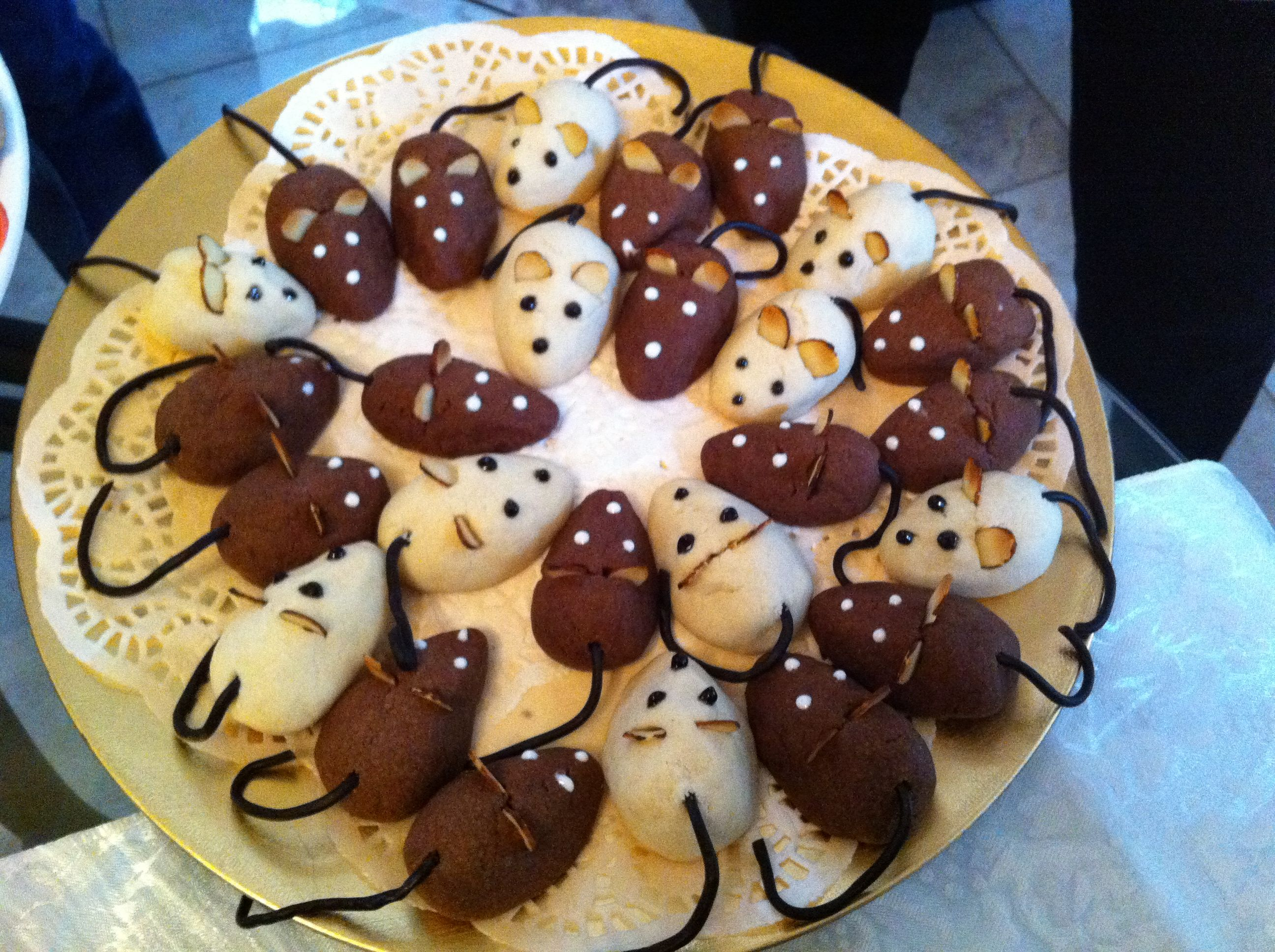 Christmas Cookie | Eddi's Christmas Mice Cookies – The Hit of the Cookie  Exchange .
