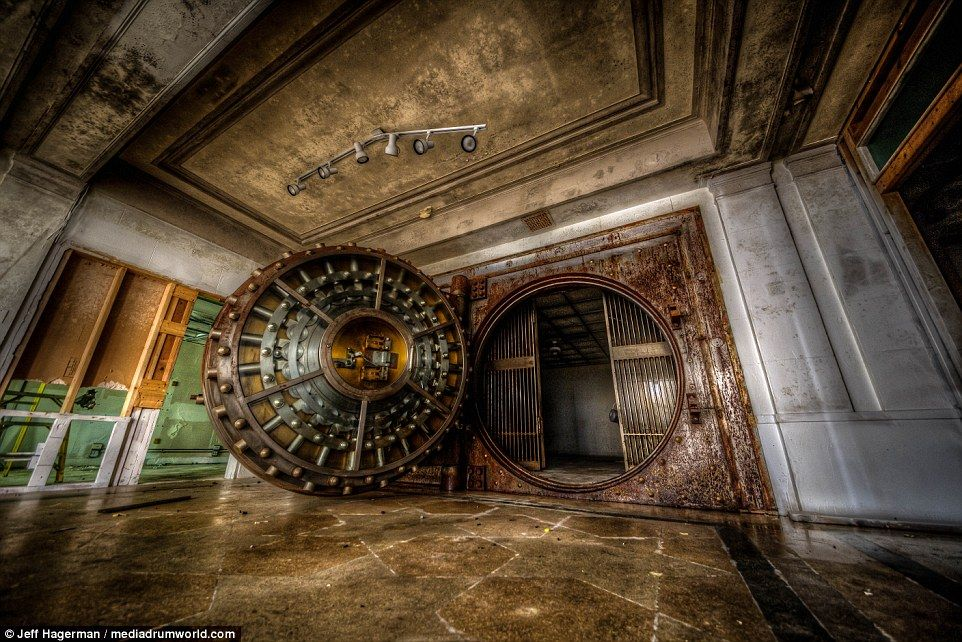 Stunning photographs show the inside of a defunct bank