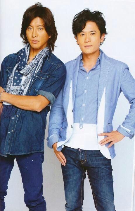 青のジャケットの稲垣吾郎