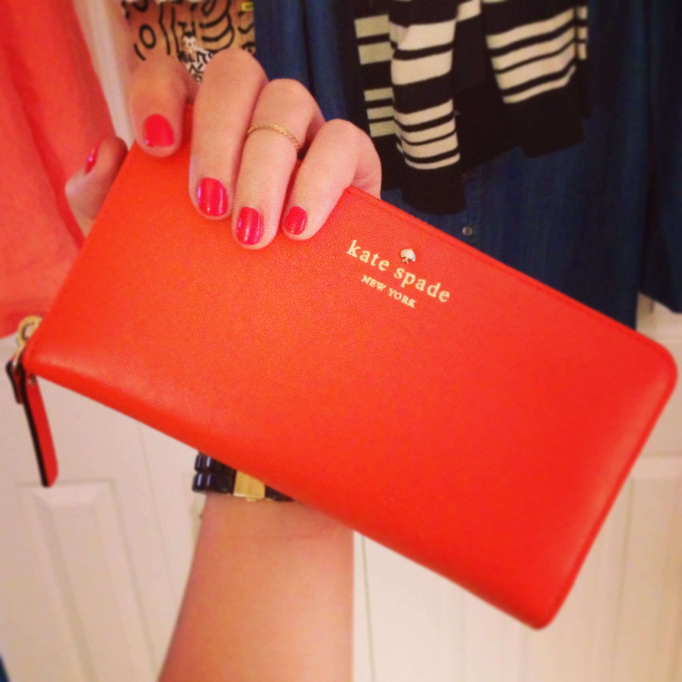love the new wallet! so obsessed with all things orange and midi rings :) Mikas Pond Lacey - Kate Spade