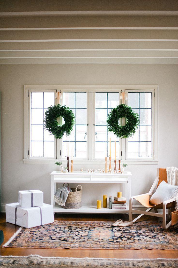 a modern christmas | Decorating | Interior / Living Room Decor and ...