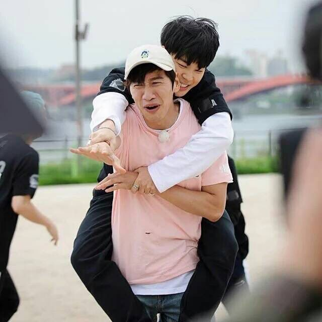 Kwangsoo and BTS' Jimin on Running Man 300th Episode Special