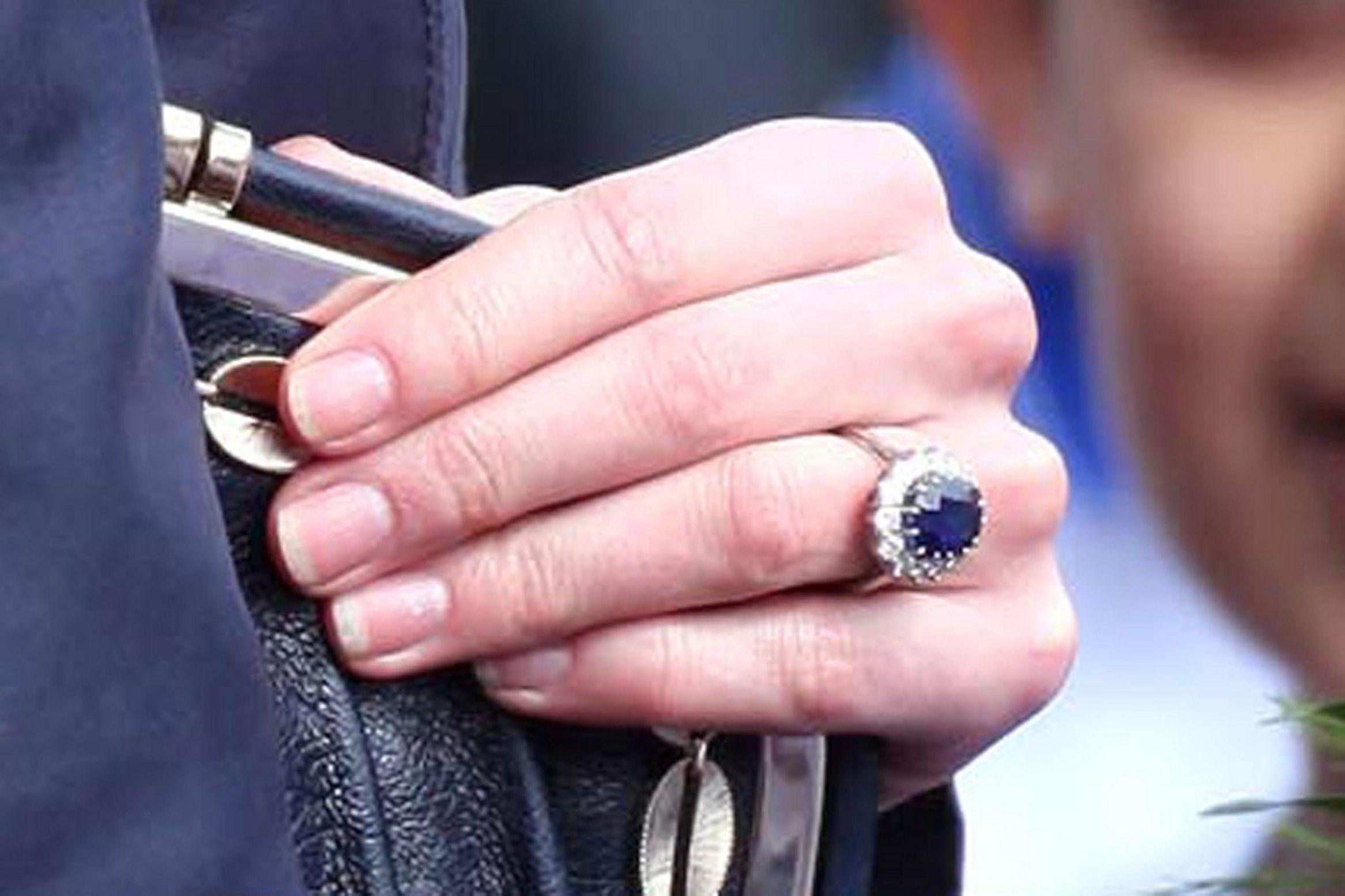 Kate Middleton - ring   duchess catherine   Pinterest   Kate ...