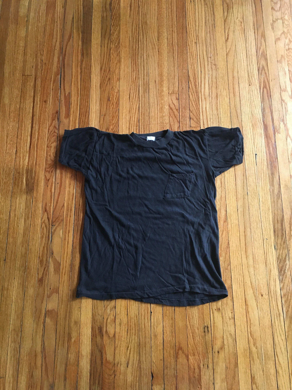 c7fdfd9f7fbc3 Vintage 70's Unbranded Plain Black Short Sleeve Pocket T-Shirt (free ...