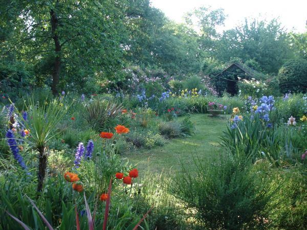 jardin l 39 anglaise fleurs jardins pinterest. Black Bedroom Furniture Sets. Home Design Ideas