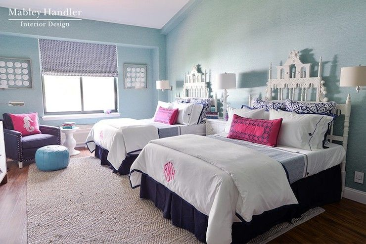 Gorgeous Twin Girls Room With A Chevron Jute Rug