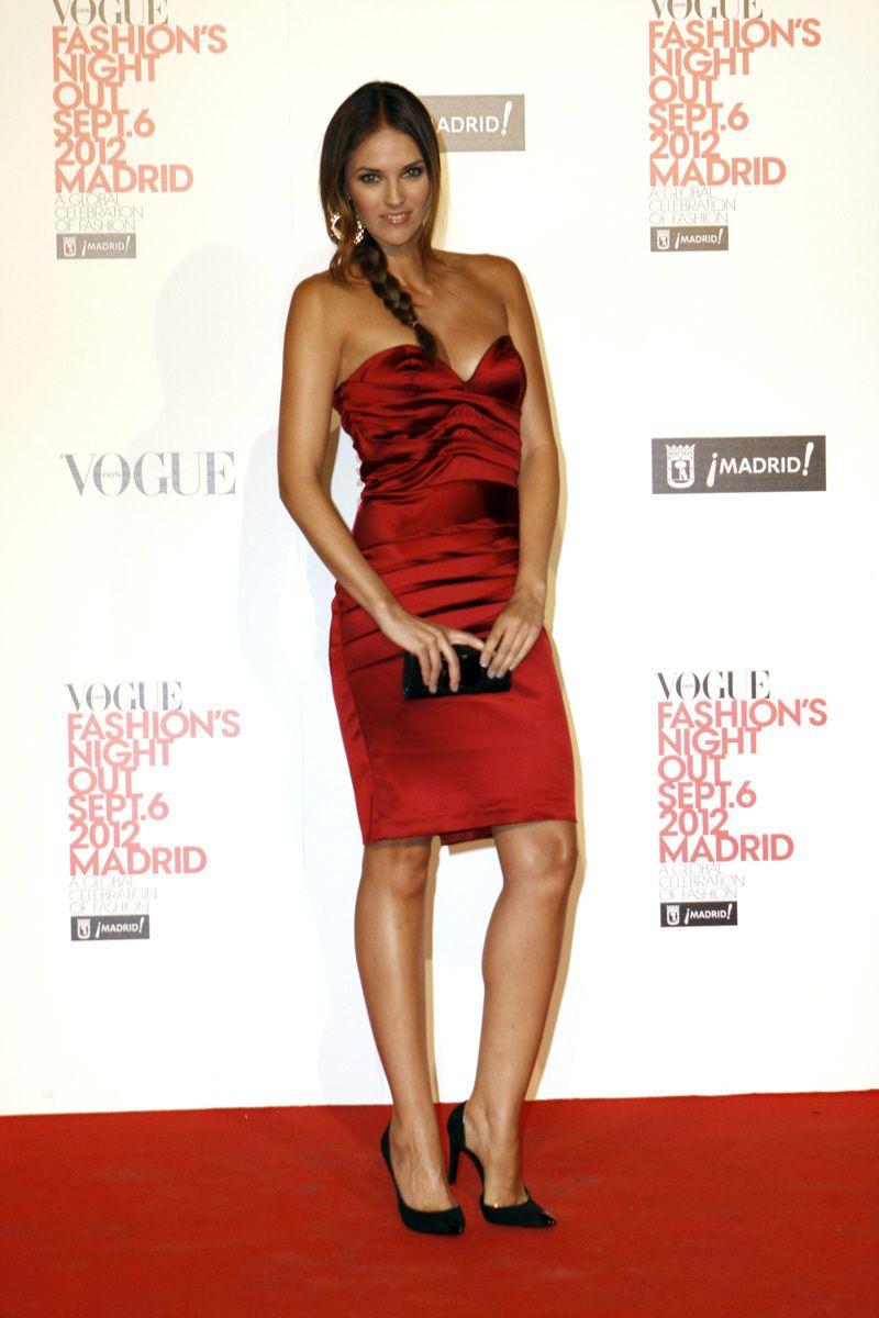 c7357d52be6c Hermoso vestido rojo, para cualquier evento pero en la noche #moda ...