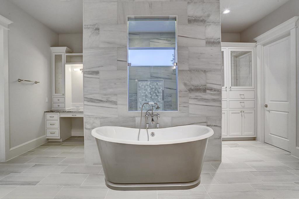 11323 Surrey Oaks Ln Freestanding Tub In Front Of Huge Walk Shower With Doors On Each Side Bernstein Realty Master Bathroom Bathrooms Remodel Small Bathroom