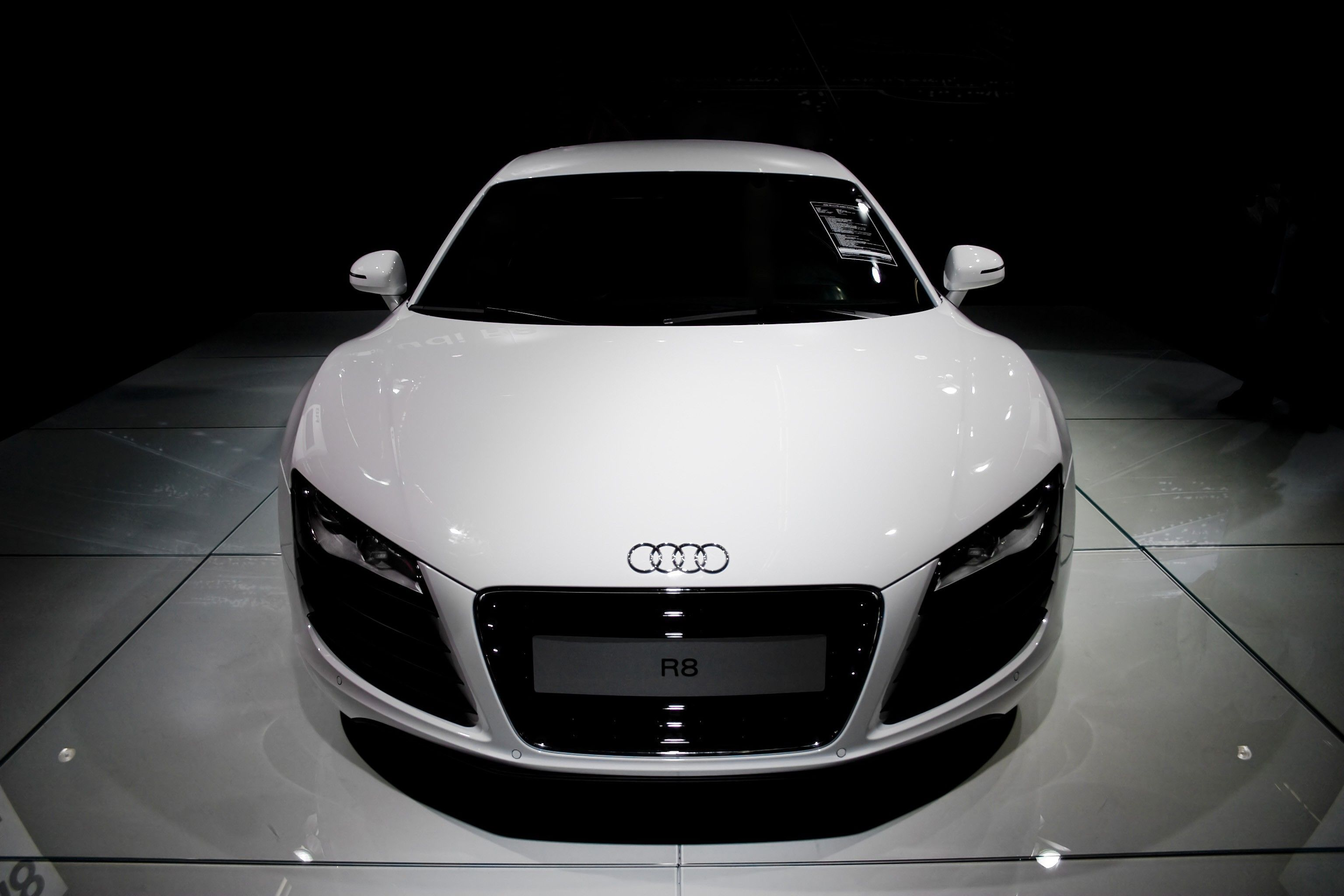 Audi R8 Wallpaper Automotive Design And Latest Car Models Audi R8 Wallpaper Audi Sports Car Wallpaper