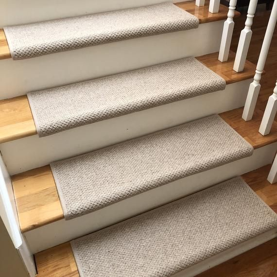 Best Windsor Taupe 100 Wool True Bullnose™ Carpet Stair Tread Jmish Dog Cat Pet Safety Runner Replac 640 x 480