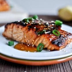 Or this one! Toasted sesame ginger salmon. Trying to incorporate a little more salmon into my menu (omega 3s baby)