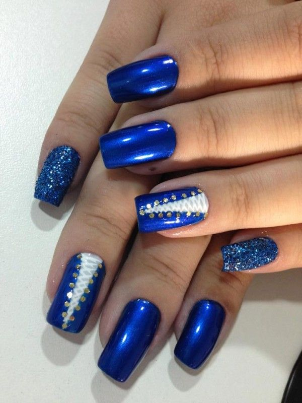 I Wouldn T Use The Blue Maybe Like Hot Pink And Black Or Dark Purple And Light Purple But I M With Images Trendy Nail Art Designs Best Nail Art Designs Blue Nail