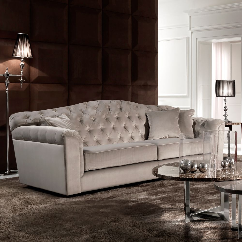 Classic Italian Button Upholstered Luxury Velvet Sofa Juliettes Interiors Luxury Sofa Luxury Furniture Luxury Velvet Sofa