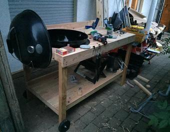 grilltisch grillen grill grilltisch grillwagen grillplatz kugelgrill sammelsurium pinterest. Black Bedroom Furniture Sets. Home Design Ideas