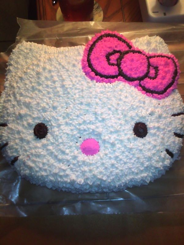 Hello Kitty Pink cake recipes Yum CakeCupcakes Pinterest