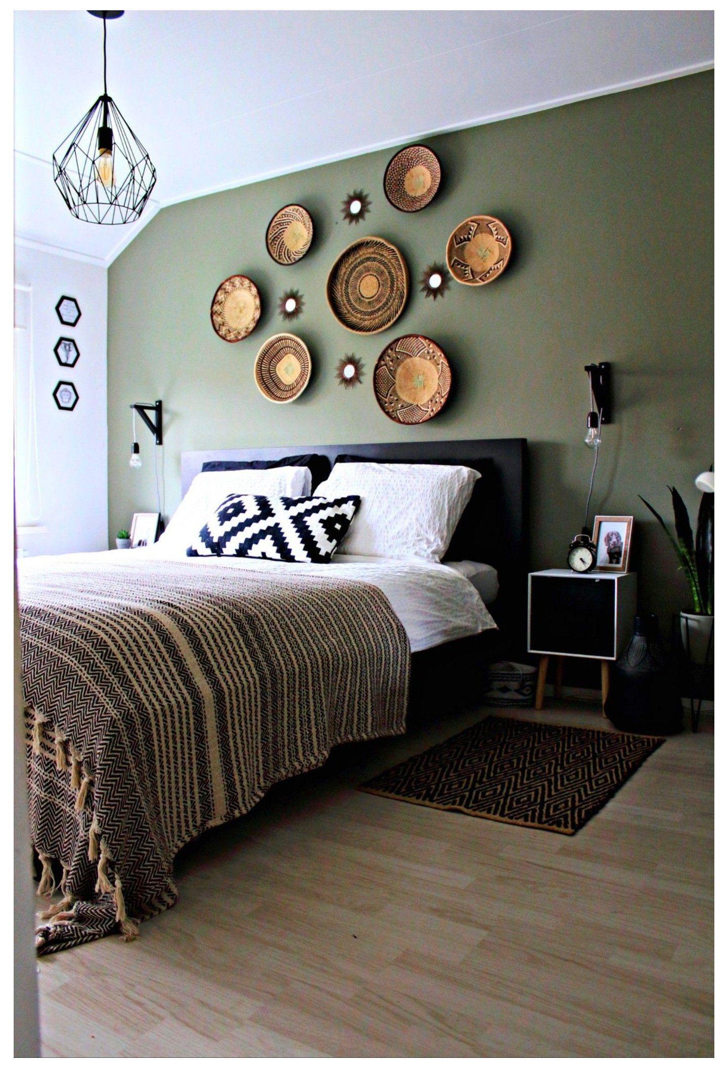 white baskets on wall #white #baskets #on #wall #w