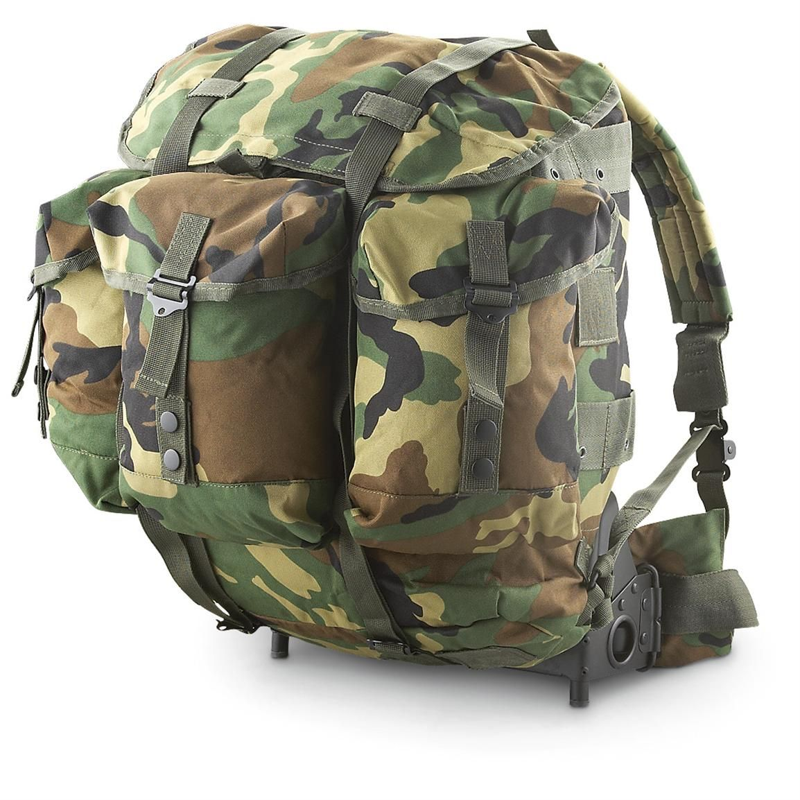 U S Military Style Medium A L I C E Pack Complete Woodland 219924 Rucksacks Backpacks At Sportsman Body Armor Tactical Military Gear Military Fashion