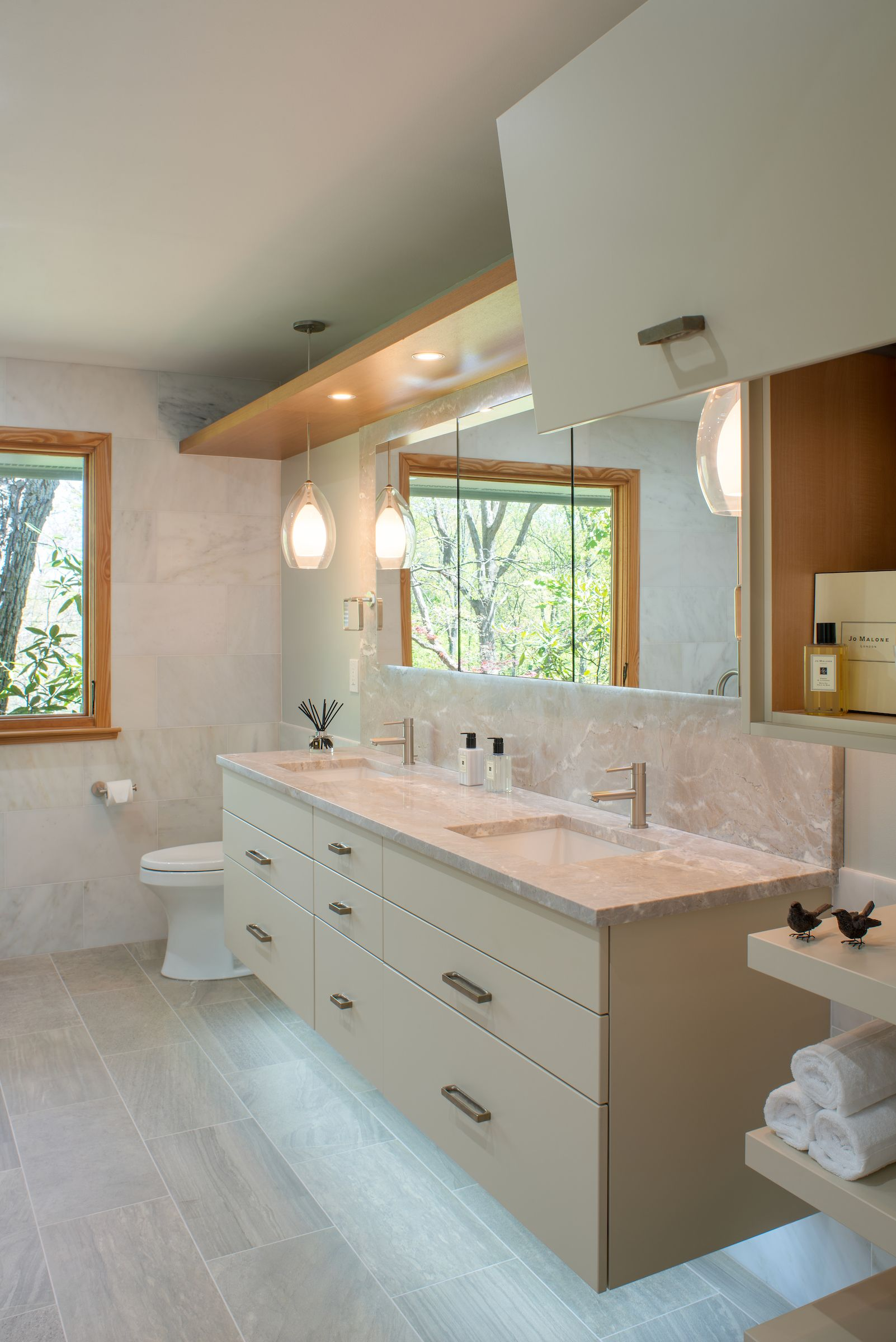Meghanbrowne4jennifergilmer Bathdesign Luxurymasterbathroom For