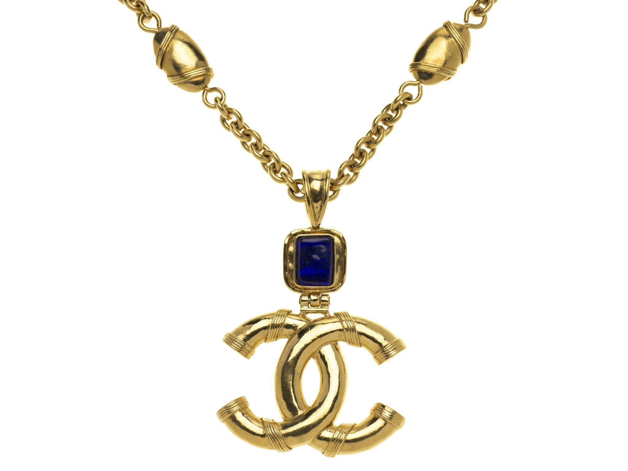 Chanel Vintage CC Logo Sapphire Gripoix Necklace   letterss   Pinterest 91624ea54a3