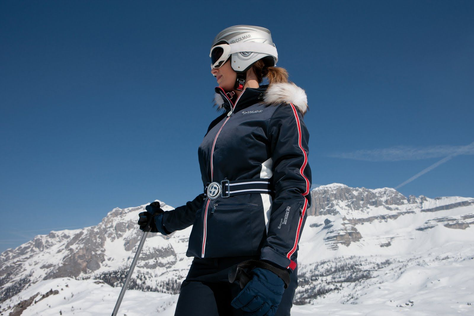 7f8bb7db74 Skiing Outfits For Women