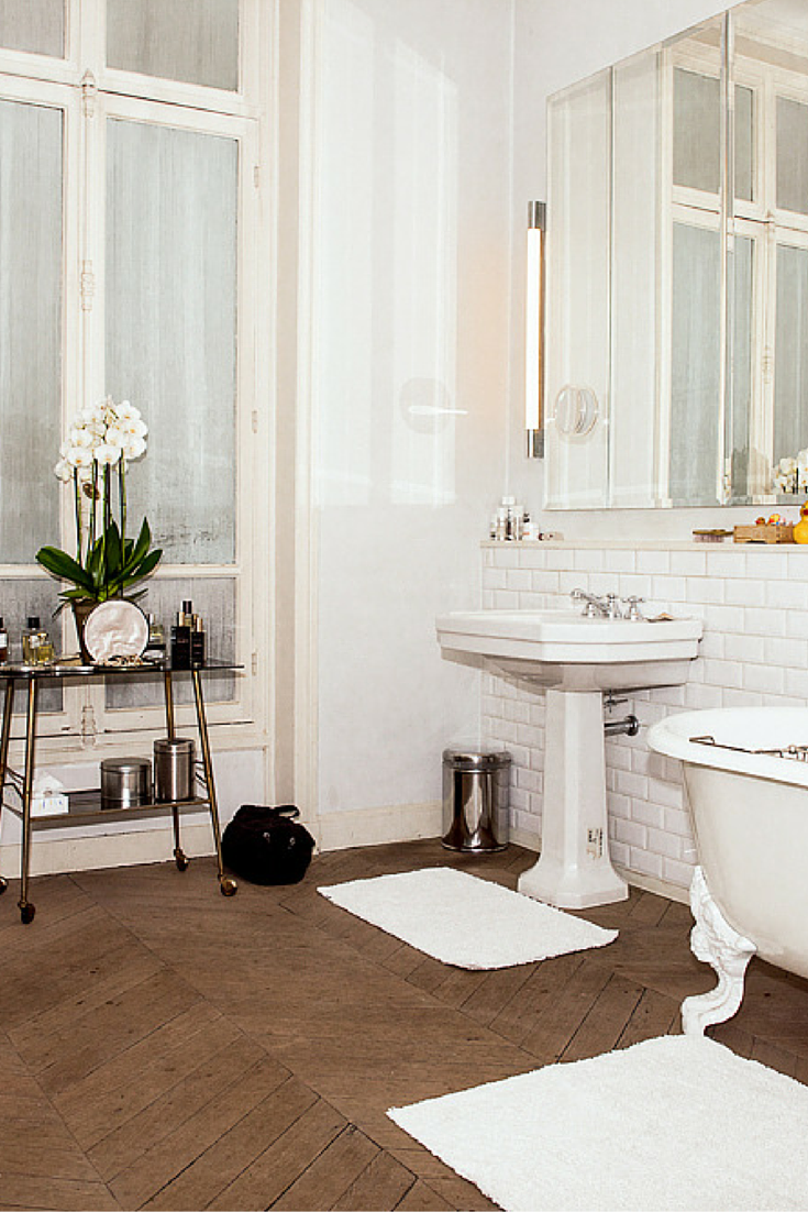 Odile Gilbert\'s Amazing Parisian Bathroom And Beauty Routine in 2018 ...