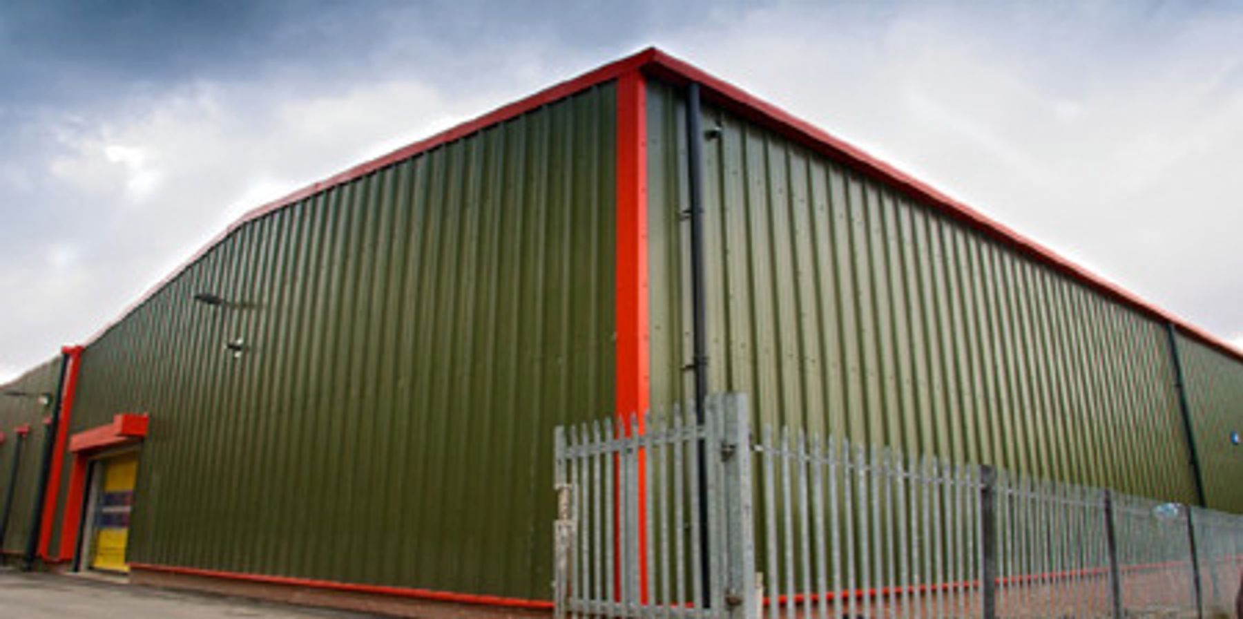 Monclad Roofing Companies. South Wales and the west