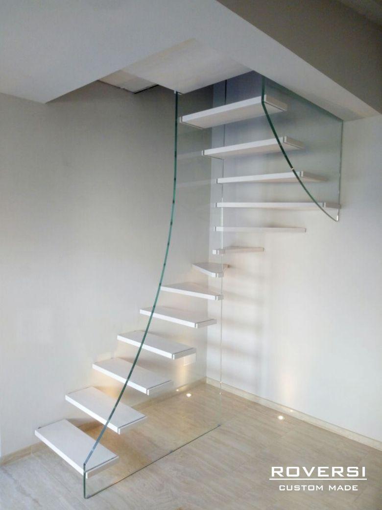 le scale a chiocciola sono ideali per i piccoli spazi ma