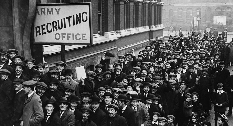 December 1915, London: A recruiting campaign attacts recruits to Southwark  Town Hall. Read more: http://www.mademan.com/ga… | World war one, World war  i, World war