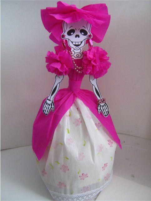 Catrina vestida de novia con papel crepe