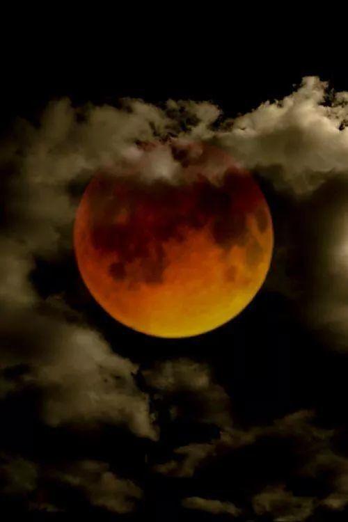 magic red full moon 2019 - photo #42