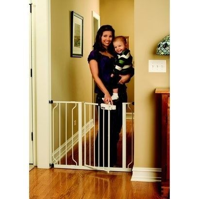 Regalo Easy Step Walk Thru Gate To Give Yourself Some Barriers Baby Safety Gate Pet Safety Gate Baby Gates